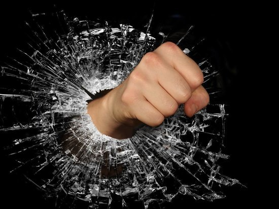 В Смоленской области 28 граждан мелко хулиганили: нецензурно бранились и приставали