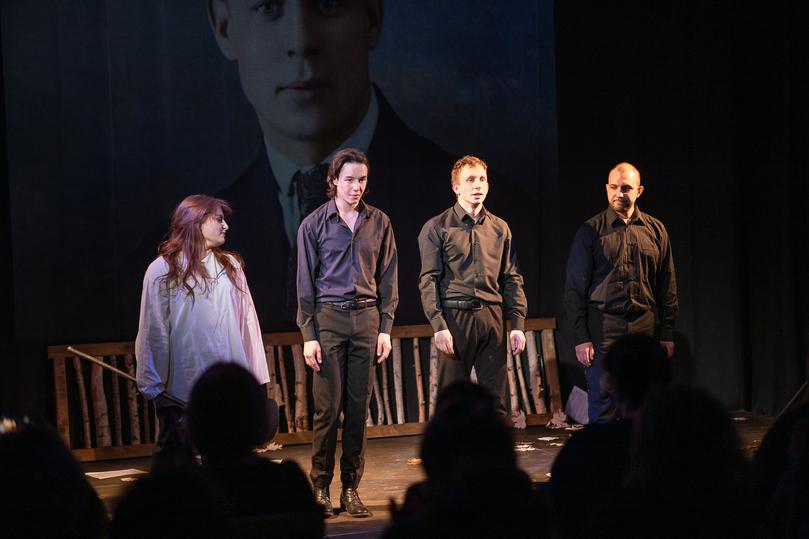 Псковский драмтеатр представил премьеру спектакля «Бессонница», фото-2