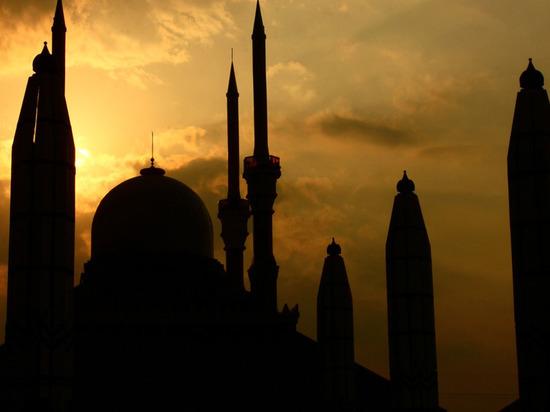 В Бурятии колонию строгого режима посетил имам мечети