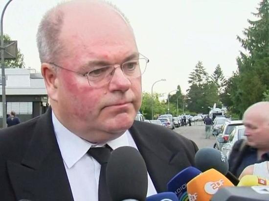 Германия: На главу Минздрава ФРГ подал в суд сын Гельмута Коля