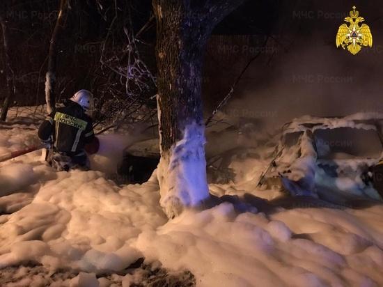 Личности двух сгоревших в результате ДТП в Калуге человек не установлены