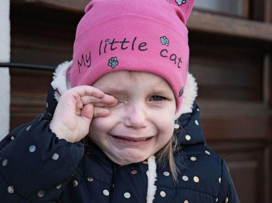 В Мысках потерялась отправившаяся в гости к матери четырехлетняя девочка
