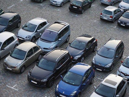 В Симферополе иностранец украл из автомобиля драгоценности на 1,5 млн
