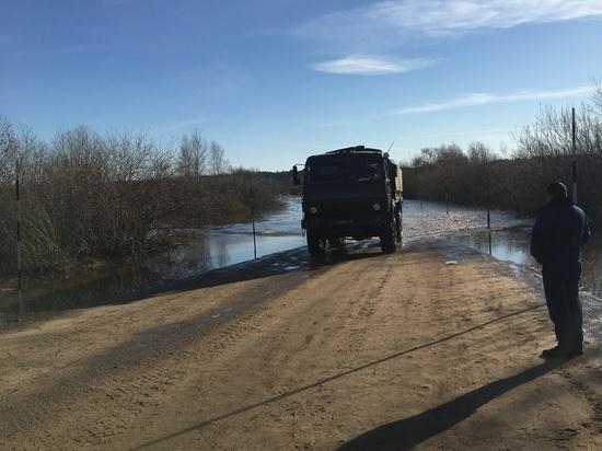 В Смоленской области произошло подтопление дороги