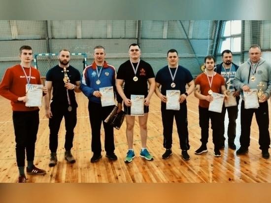 Чемпионат по пауэрлифтингу прошел в Псковской области