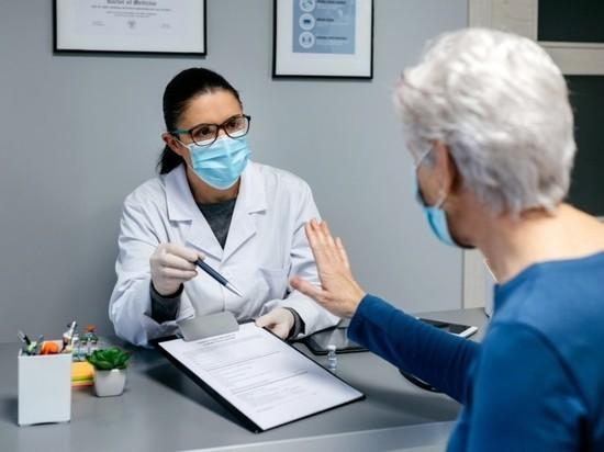 Реаниматолог предупредил о последствиях отказа от вакцинации от COVID-19