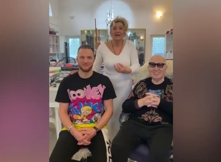 Близкие Вячеслава Зайцева объяснили видео с незнакомкой в его доме