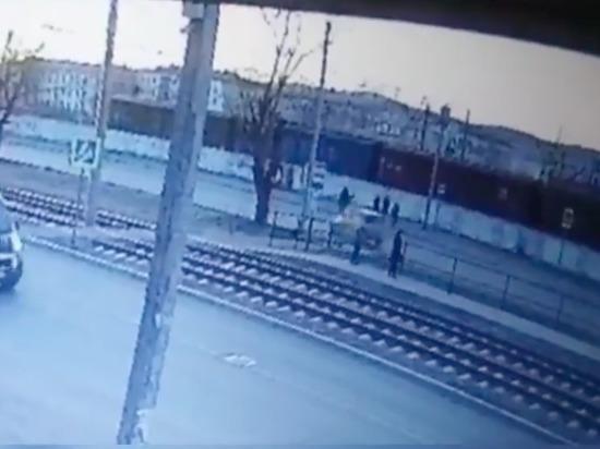 В интернете появилось видео смертельного наезда на пешехода в Улан-Удэ