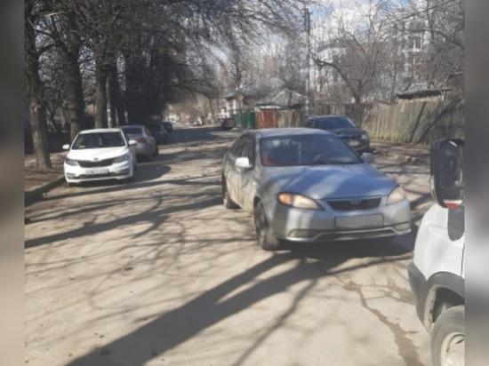 9-летняя девочка попала в больницу после наезда автомобиля в Рязани