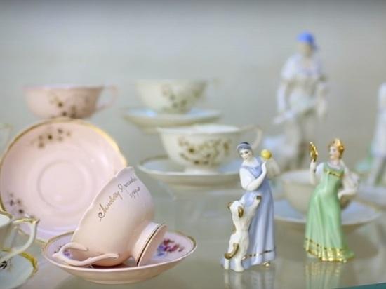 Ярославцев приглашают посетить выставку фарфора «Осколки… Песочное 1884-2012»