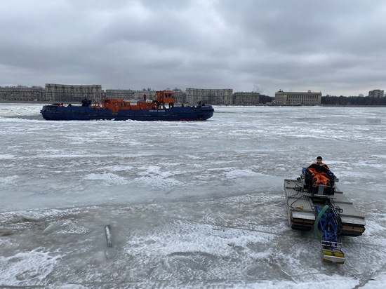 Паводок в Петербурге: уровень Невы поднялся до максимума за 14 лет
