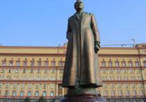 Неожиданное продолжение получила история с попыткой вернуть памятник Дзержинскому на Лубянку
