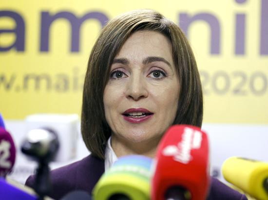 В Молдавии посчитали, что президент Санду ввергла страну в хаос