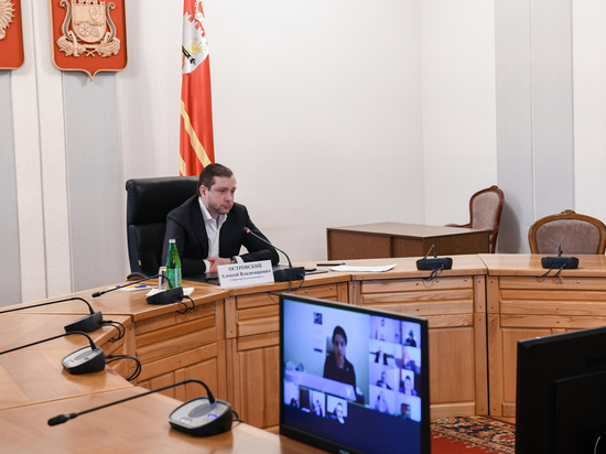 Губернатор Смоленской области взял проблемы с вакцинацией от COVID-19 на особый контроль