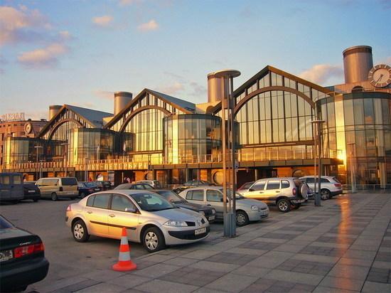 Станцию метро «Ладожская» могут закрыть из-за протечек