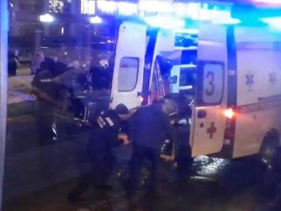 Вечером на дороге в Ноябрьске пешеход попал под машину