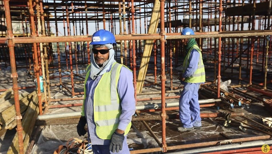 Люди гибнут за бойкот: Катар снова критикуют за подготовку к ЧМ-2022