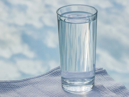 Диетолог рассказала, какая вода считается самой полезной
