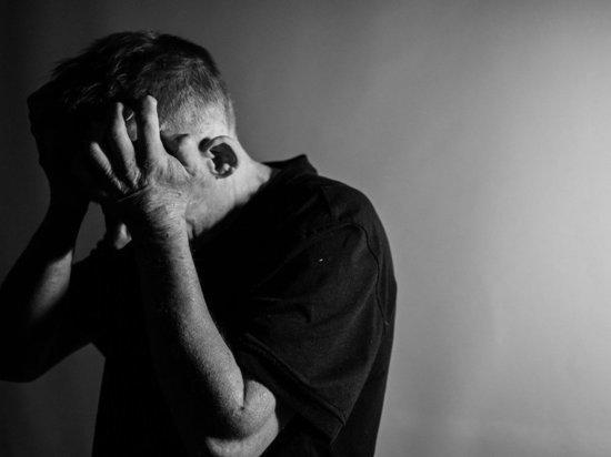 Петрозаводчанин ударил ножом молодого родственника сожительницы