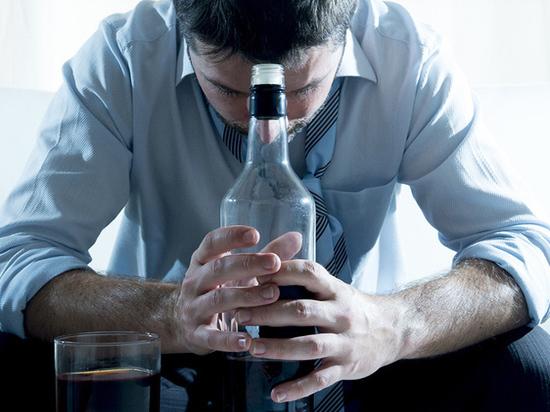 За время пандемии в Казахстане выросло число алкозависимых