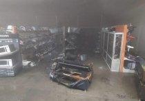 Павильон DNS горел в ТЦ «Базар» в Иркутске
