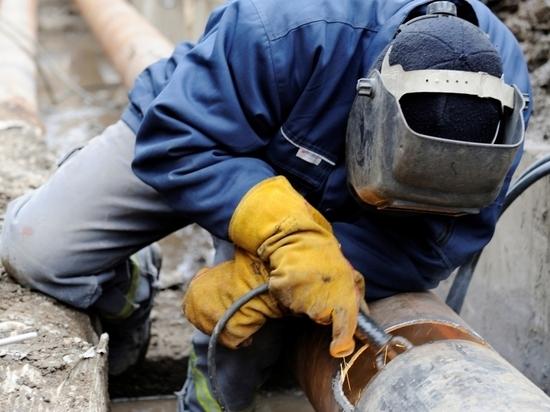 Ремонт водовода для горячей воды в Костроме затянется до конца мая