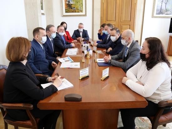 Шумков попросил Кадырова сдвинуть финансирование ледовой арены в Кургане