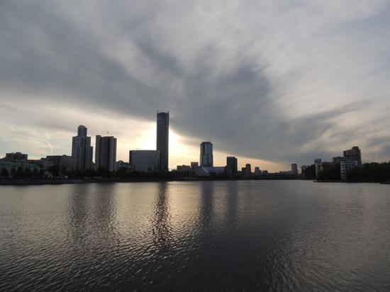 Орлов внес изменения в программу «Екатеринбург – столичный город»