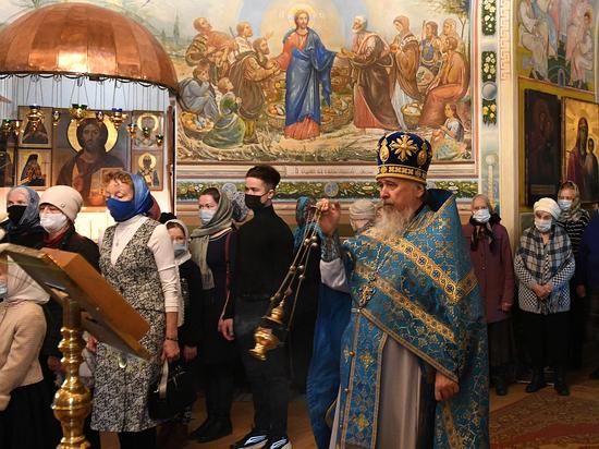 Православные верующие Тверской области празднуют Благовещения Пресвятой Богородицы