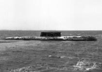 В Беломорской военно-морской базе и на Севмаше, главной верфи по строительству атомных подводных ракетоносцев, отдали дань памяти погибшим подводникам