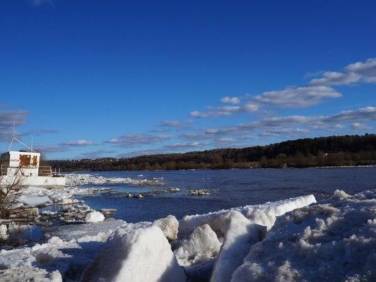 Уровень воды на реках Калужской области начал снижаться