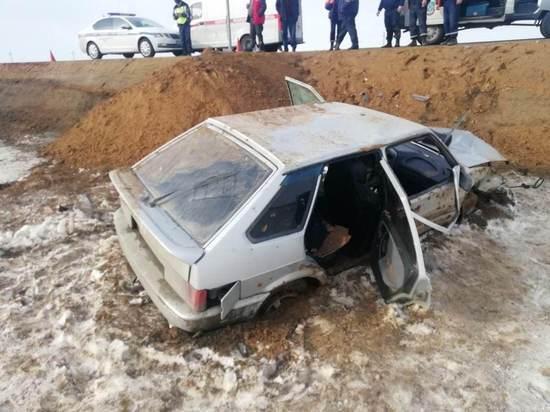 На трассе «Орск-Домбаровский-Светлый» случилась авария,  двое пострадавших