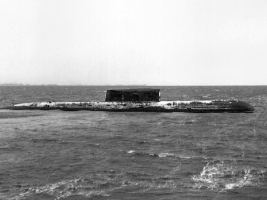 На Севмаше отдали дань памяти погибшим подводникам