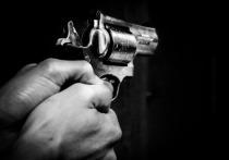 На проспекте Стачек совершено вооруженное нападение на банк