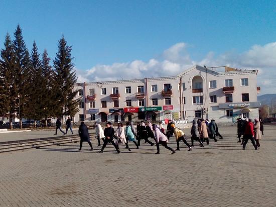 Жители Закаменского района Бурятии массово выходят на производственную гимнастику