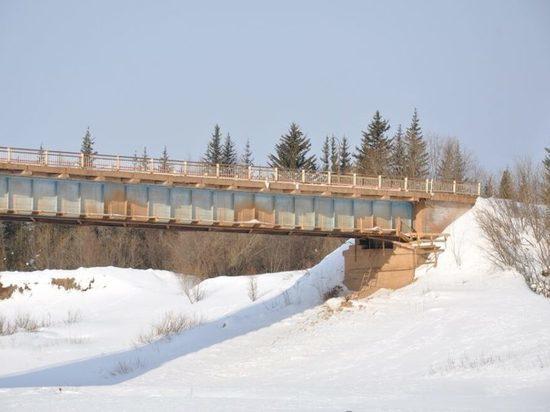 Движение по Нюйскому мосту возобновлено в Ленском районе Якутии