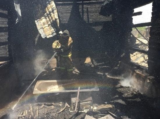 Жители Хакасии продолжают провоцировать пожары в жилье и в степи