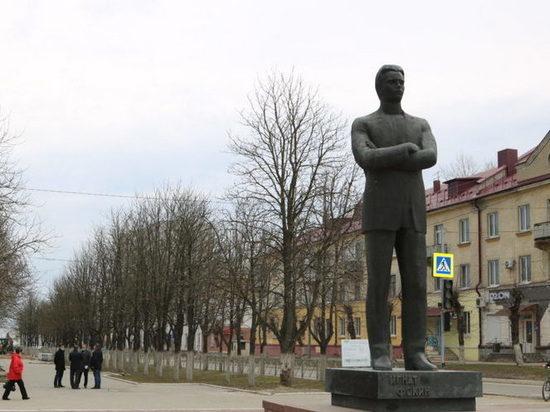 Власти Брянска потратят 12,2 млн рублей на благоустройство сквера
