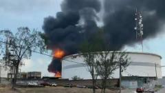 Пожар на заводе в Мексике попал на видео