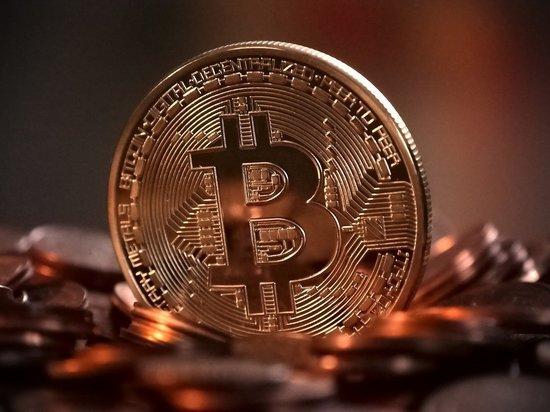 Владельцев криптовалют предупредили о штрафах и судах