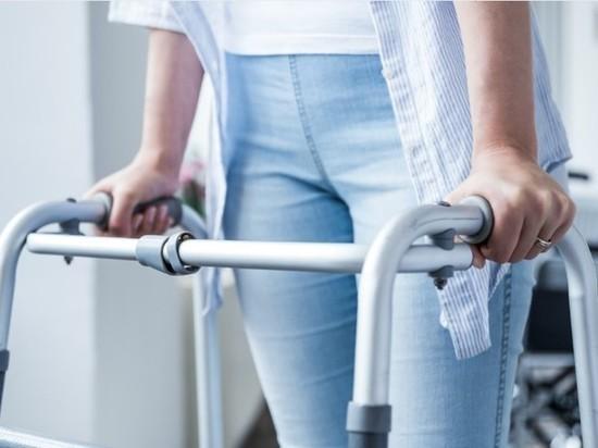 Прокуратура Петербурга начала проверку по факту падения девушки-инвалида в метро