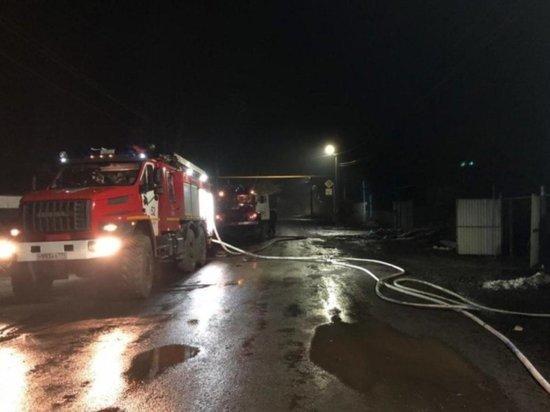 В Челябинской области неизвестный поджёг квартиру в жилом доме