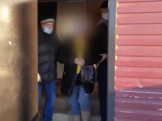 Сотрудница соцзащиты и опекуны из Усолья украли 25 миллионов рублей у детей