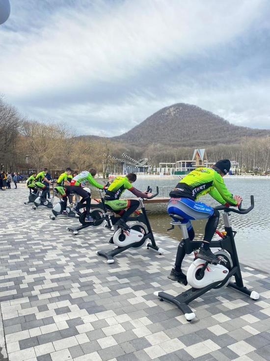 Железноводчане «преодолели» тысячи километров на велотренажерах