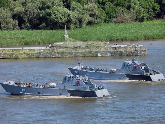 Названа цель похода российских кораблей из Каспийского моря в Азовское