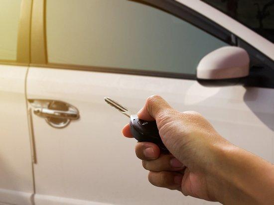 Симферополец отметил покупку машины началом уголовного дела