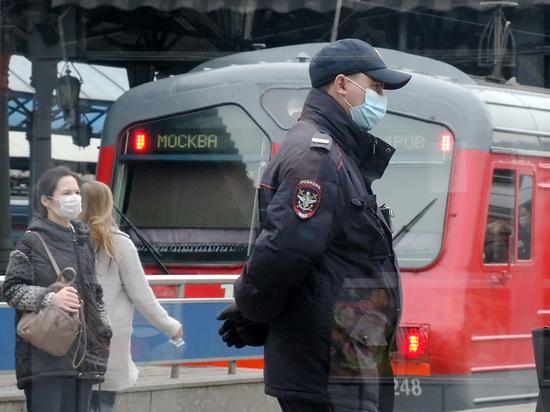 В Москве электричка сбила насмерть мужчину