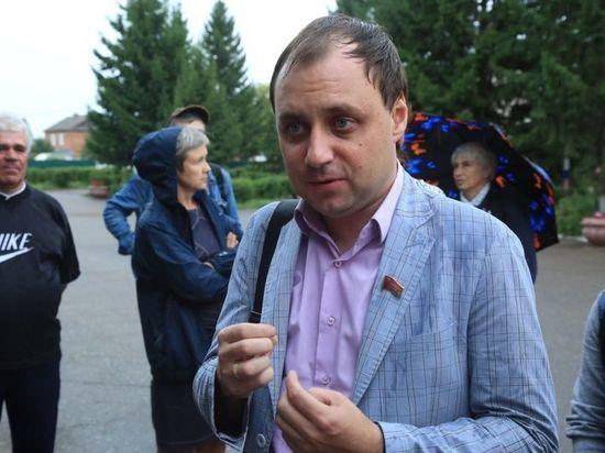 Совет Омского района запретил видеосъемку своих заседаний даже для СМИ