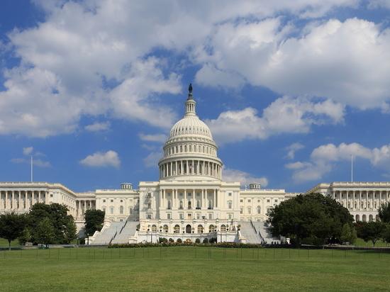 У демократов появилась возможность провести законопроект по инфраструктуре без республиканцев