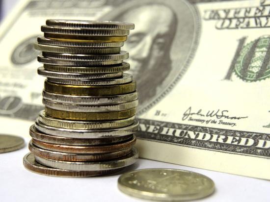 На российскую валюту негативно влияют сразу несколько факторов
